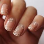 Decorazione unghie da sposa elegante