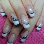 Manicure sposa bianca e nera