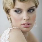 Acconciatura da sposa vintage con capelli corti