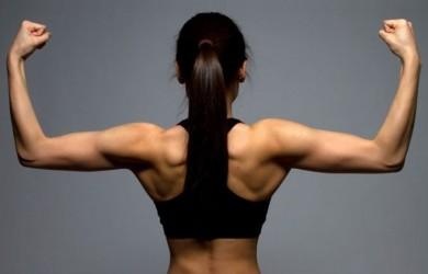 Allenamento Esercizi per tonificare le braccia da fare in casa con e senza pesi