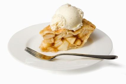 Torta Apple Pie con una pallina di gelato