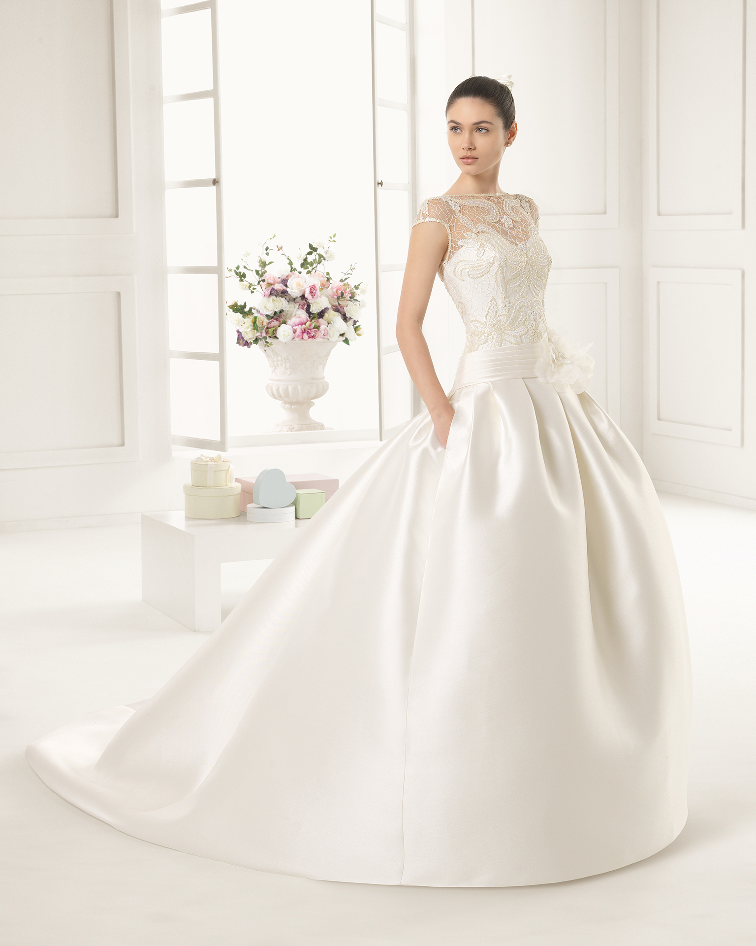 100% authentic 32715 5a379 Rosa Clarà Abiti da sposa 2016