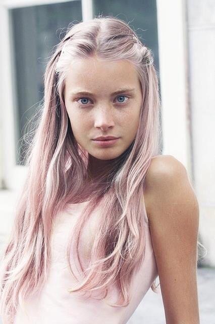 capelli-lunghi-rosa-gold-chiaro