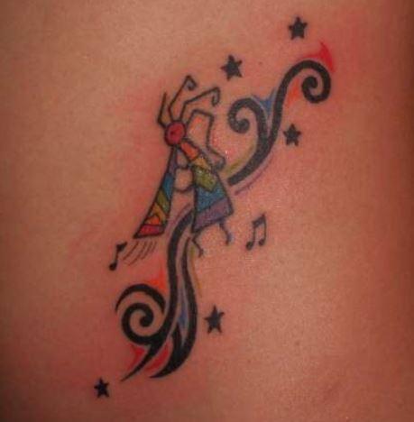 Imagine tatuaggio Dioi Kokopelli simbolo di felicita