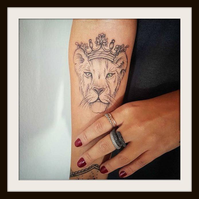 Tatuaggio leone significato e immagini lei trendy tatuaggio leone significato e immagini altavistaventures Gallery