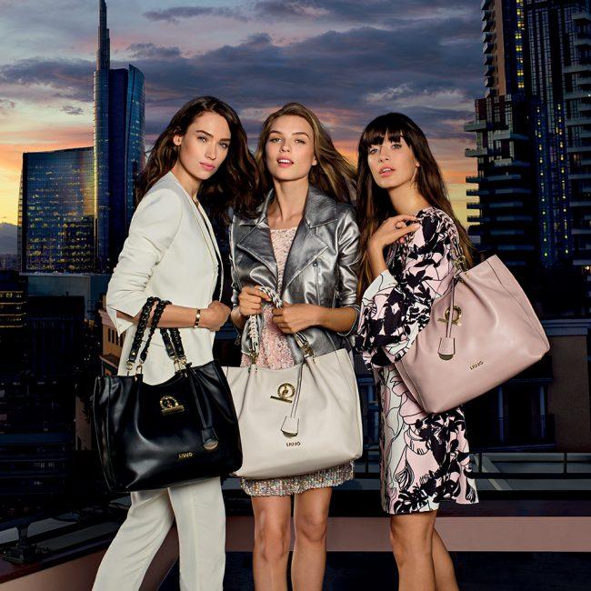 5a852fd23d Il prezzo di vendita della nuova borsa Sei Unica! di Liu Jo Natale 2017  (collezione primavera estate 2018) è ...