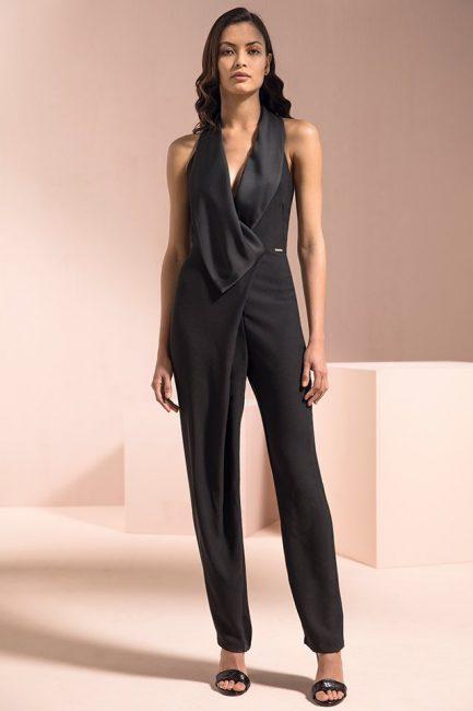 8e971adfc840f Jumpsuit con pantaloni palazzo in fluida georgette stampata e ricercato  layer asimmetrico