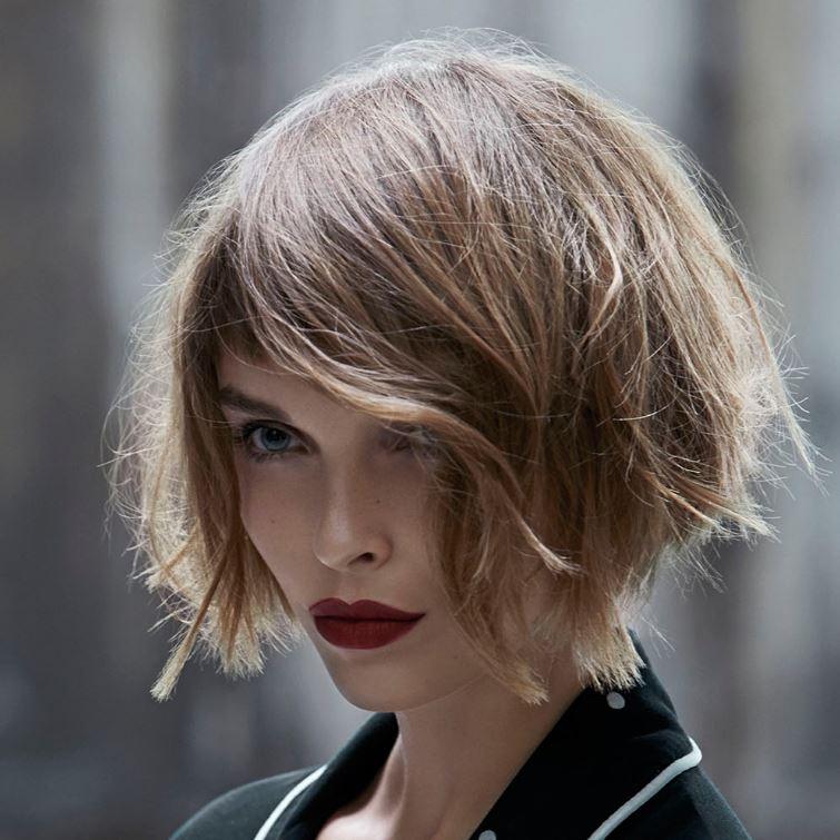 10 Foto Tagli Capelli Corti e Medi Donna 2018 - Lei Trendy d683862fe70b