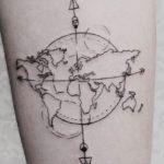 Immagine tatuaggio per chi ama viaggiare