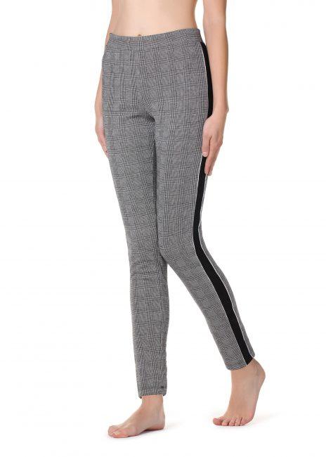 grande vendita 5684e 2c25e Calzedonia Leggings, Jeggings e Jeans inverno 2018 2019