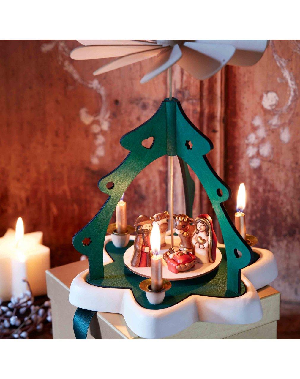 Albero Di Natale Con Presepe Thun.Presepi Thun Novita 2018 Catalogo Natale