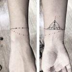 Tatuaggio braccio mezzo mandala