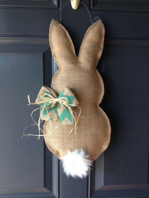 Decorazione Pasquale a forma di coniglietto fai da te