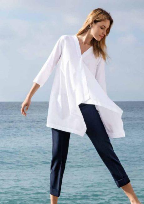 Camicia dalla linea ampia in cotone bianco catalogo Nara Camicie primavera estate 2019