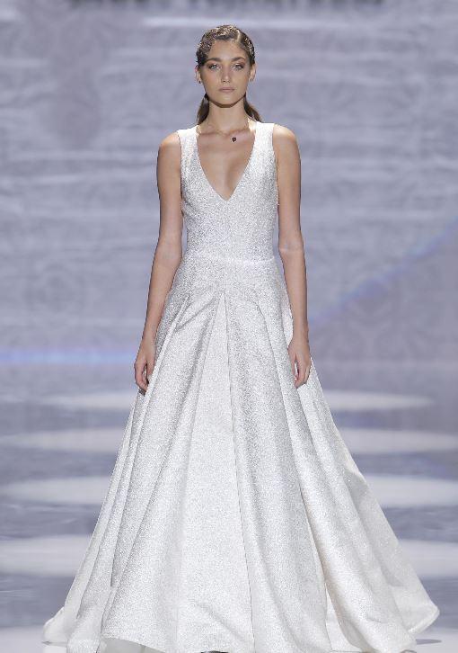 Abito da sposa glitterato Carlo Pignatelli 2020