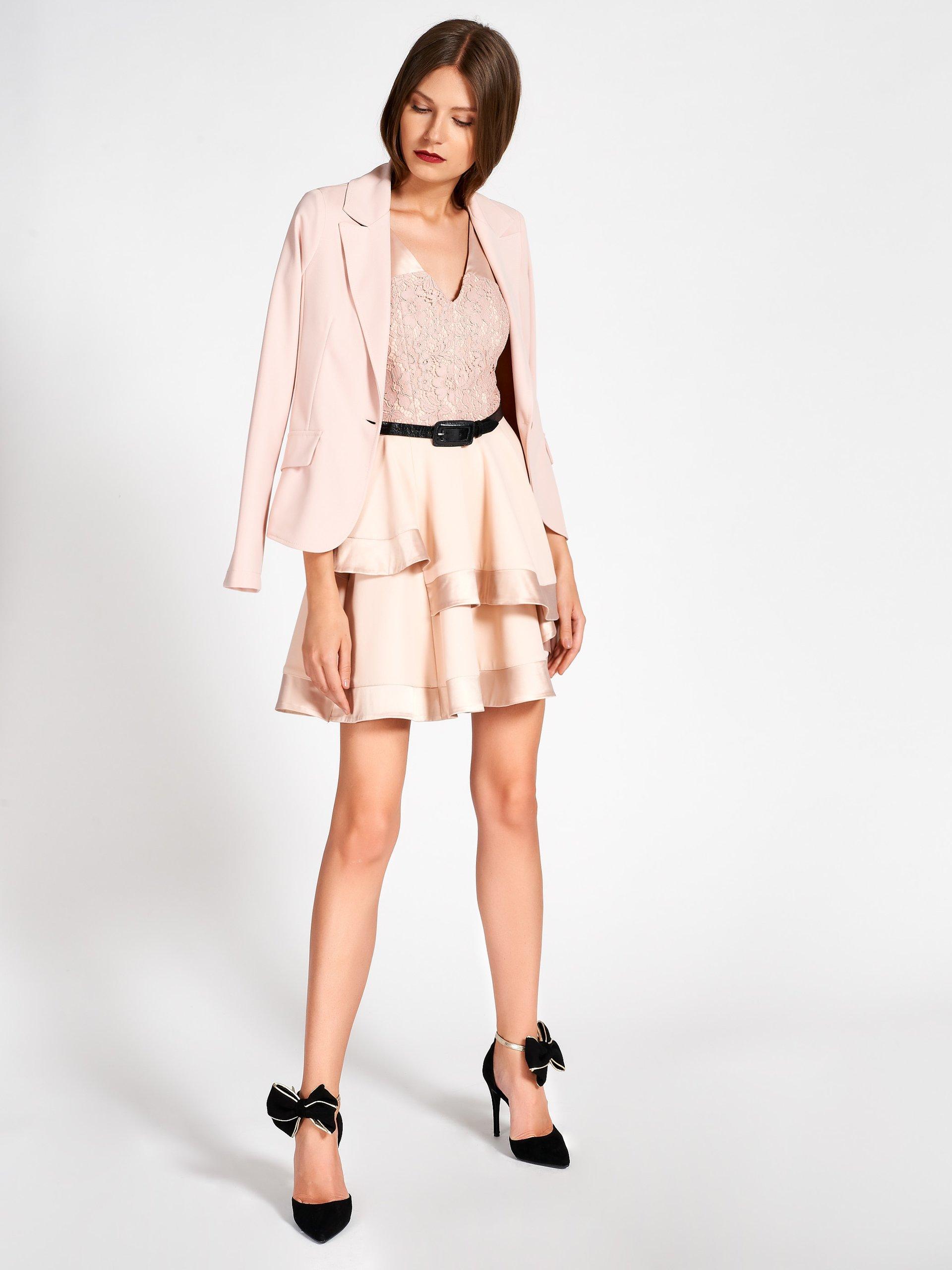Romantico abito corto a balze Rinascimento collezione autunno inverno 2019 2020