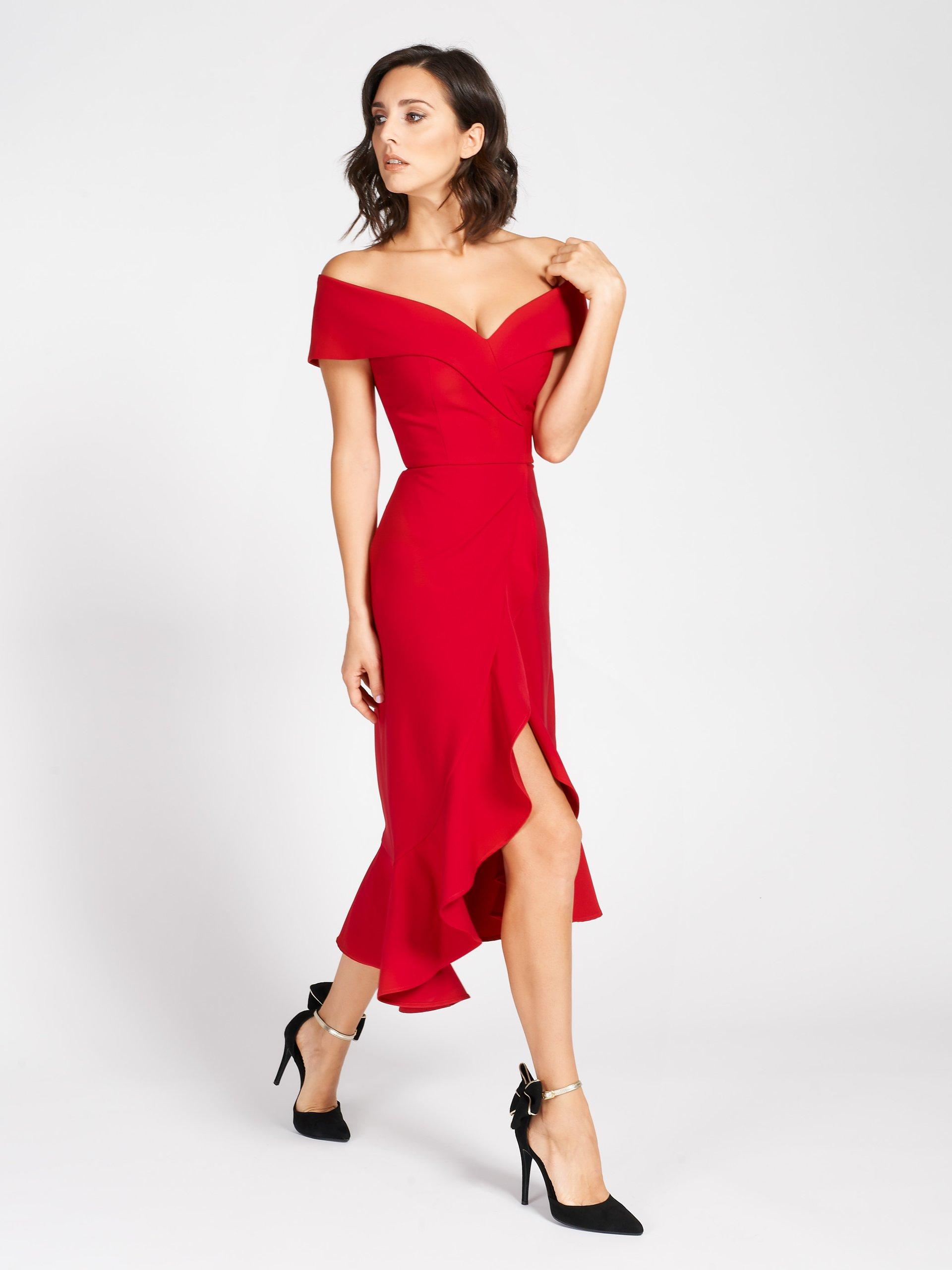Sofisticato e sensuale abito elegante rosso Rinascimento autunno inverno 2019 2020