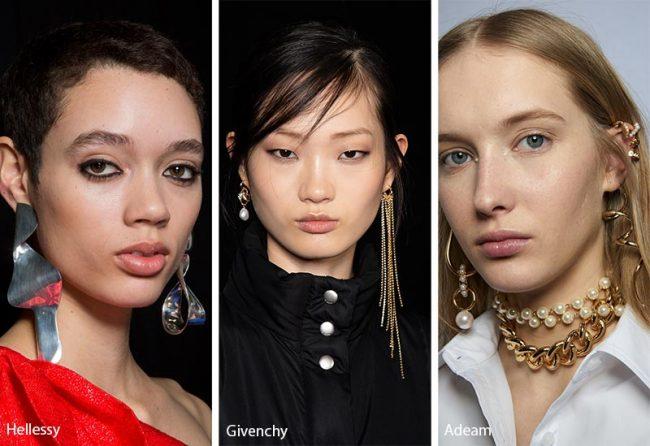 Coppie di orecchini diversi tra loro moda gioielli inverno 2019 2020
