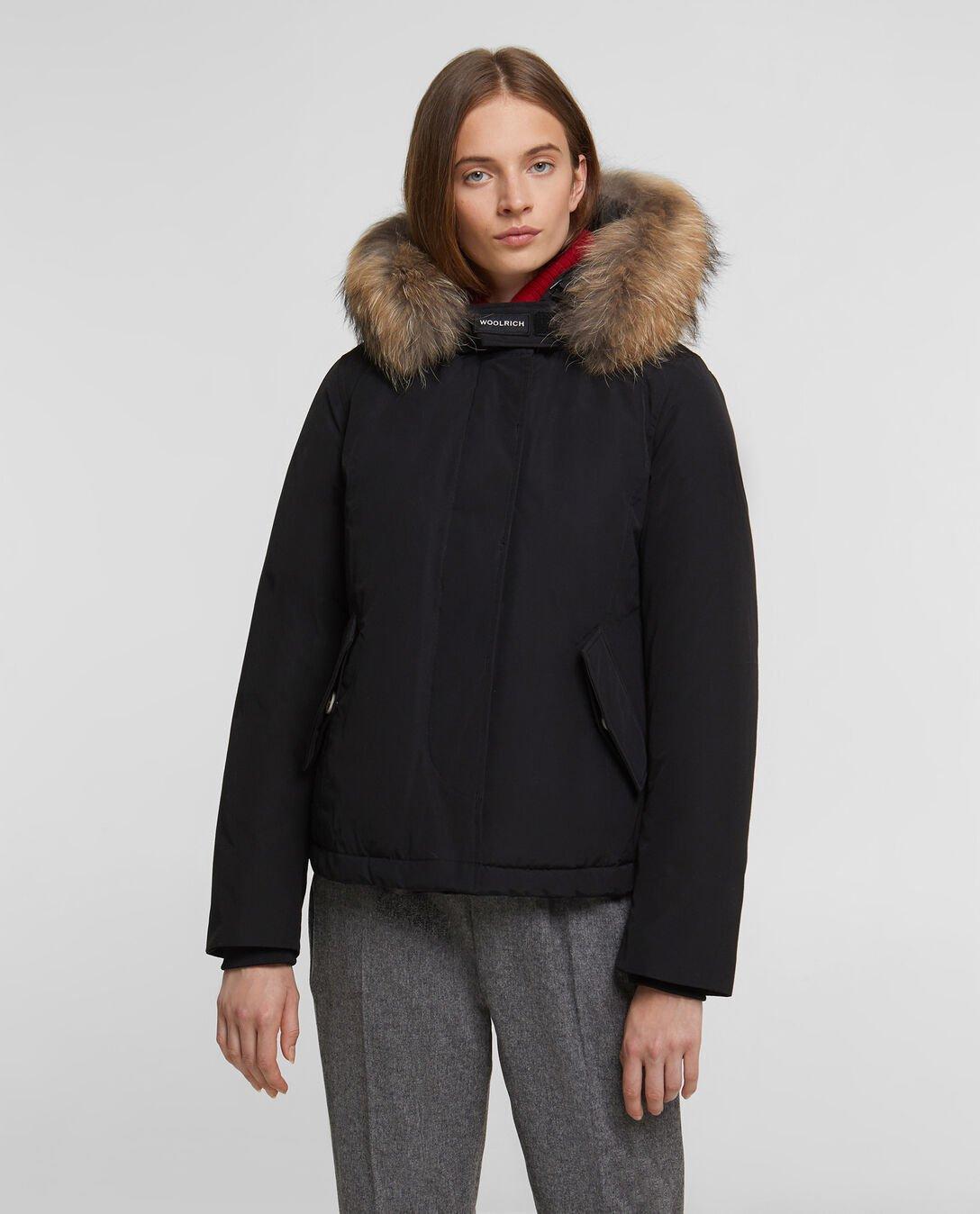 Arctic Parka Short Woolrich donna inverno 2019 2020 prezzo 680 euro colore nero 1