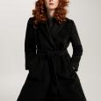 Cappotto midi a vestaglia color nero prezzo 379 euro modello Algebra