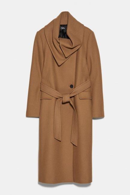Cappotto a vestaglia cammello Zara 2020