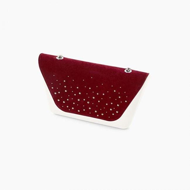 Pattina pochette O Bag Sheen con borchie inverno 2020