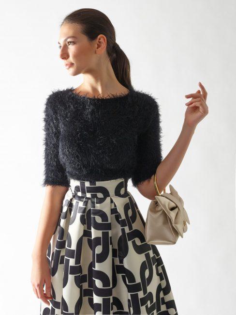 Rinascimento maglia furry colore nero