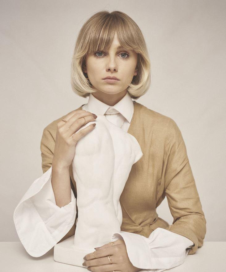 Taglio capelli medi a caschetto donna 2020 stile vintage ...
