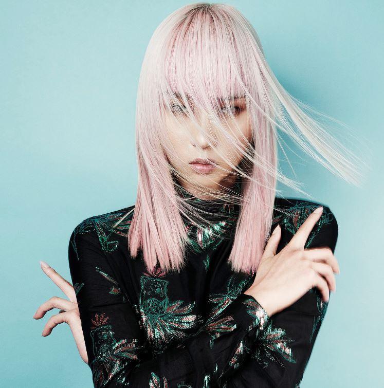 Taglio capelli medio lunghi lisci moda 2020 - Lei Trendy