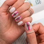 Idea originale Nail art floreale