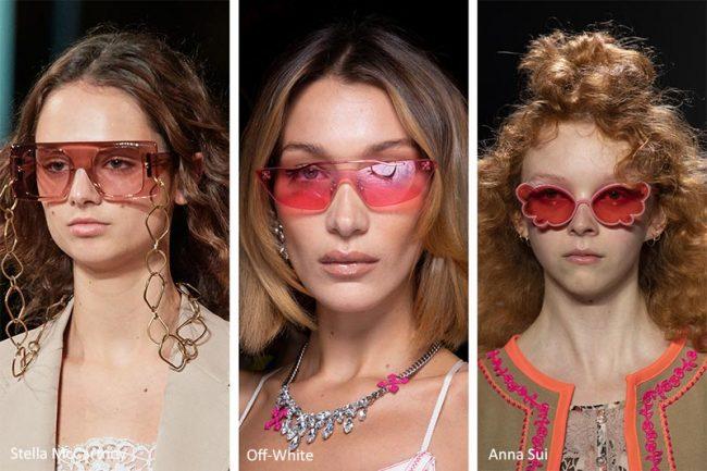 Occhiali da sole con le lenti rosa moda primavera estate 2020