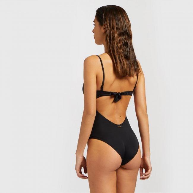 Costume intero nero push up Yamamay estate 2020 modello Essential foto retro