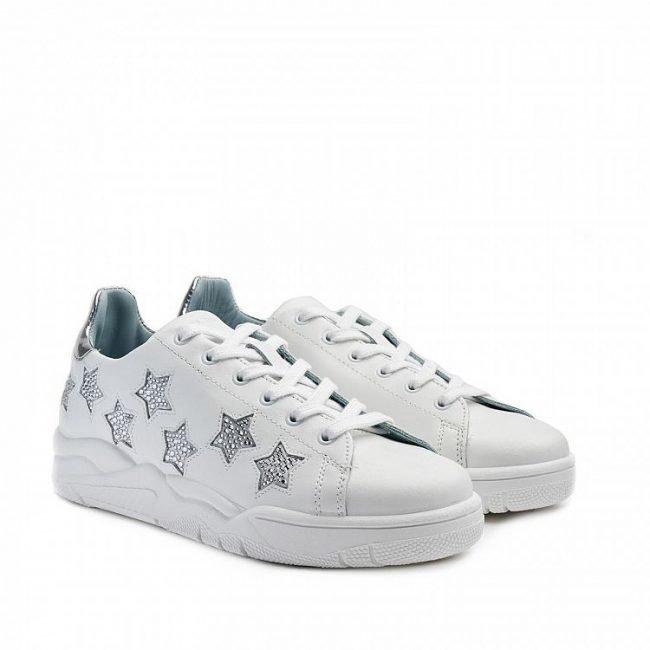 Sneakers Chiara Ferragni Roger con stelle collezione 2020