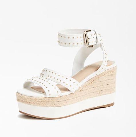 Sandalo con zeppa Guess estate 2020 modello Latanye