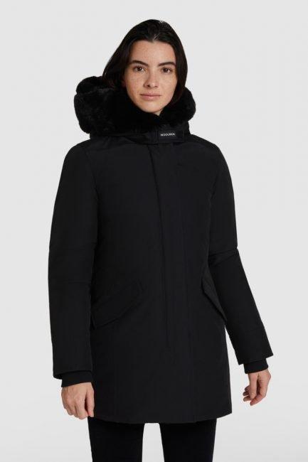 Beaker Parka Woolrich donna con pelliccia sintetica inverno 2021