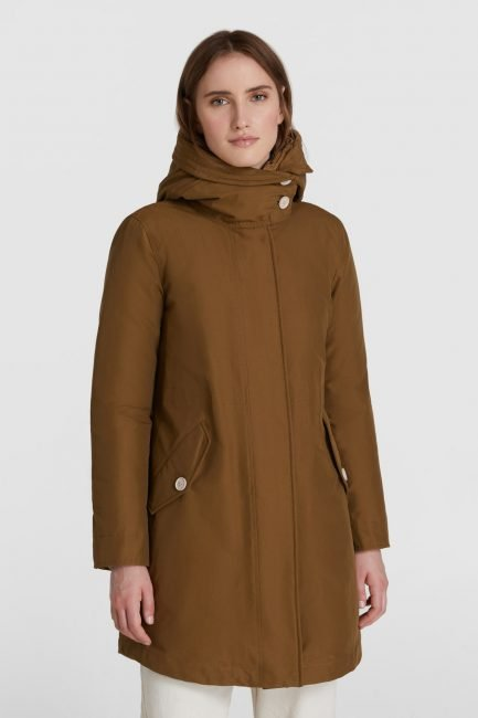 Military parka ecologico Woolrich inverno 2020 2021 colore kangaroo brown
